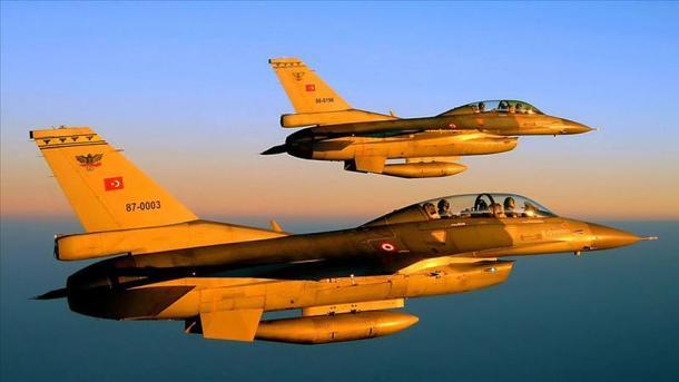 Ushtria turke godet organizatën separatiste terroriste PKK në veri të Irakut | TRT  Shqip