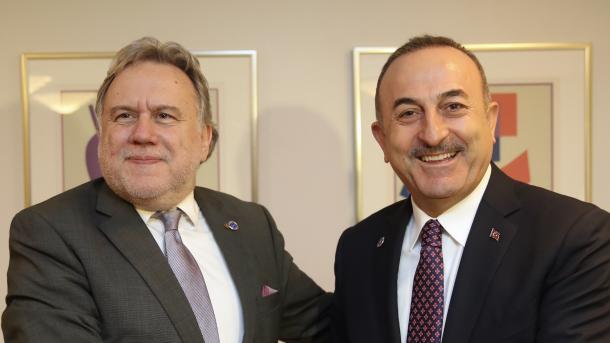 Çavusoglu zhvilloi një takim konstruktiv me homologun grek   TRT  Shqip
