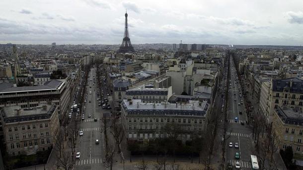 Pariz: Podmetnut požar u prihvatnom centru za beskućnike