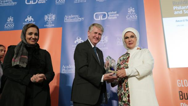 Prva dama Republike Turske primila nagradu za istaknut humanitarni rad