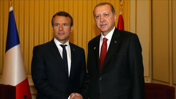 Erdogan se réunit avec Macron à Bruxelles