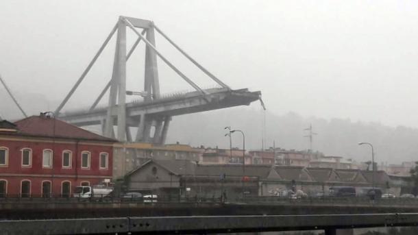 Itali – Shembet një urë autostrade në Gjenovë, dhjetëra të vdekur | TRT  Shqip