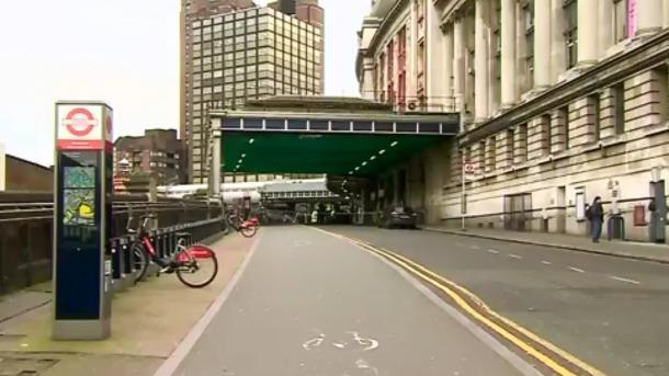 Londres: des explosifs artisanaux retrouvés dans 3 colis suspects
