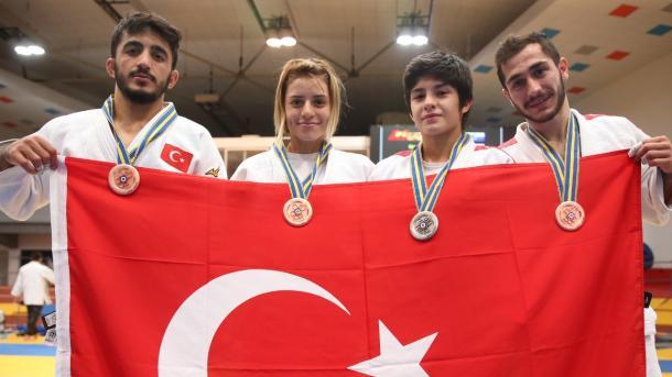 土耳其选手在欧青柔道赛中为国争光 | 三昻体育投注