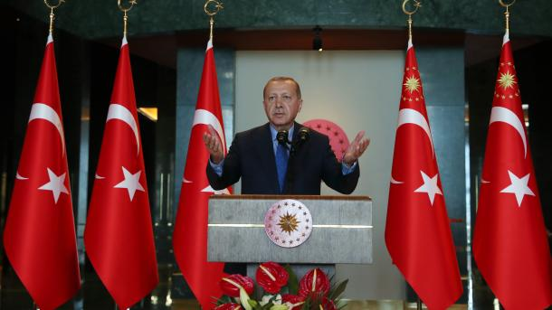 Se profundiza la crisis turca por la desconfianza de los inversores