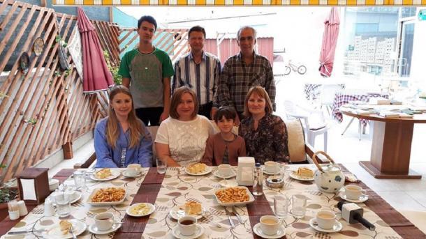 Çulpan Zarif Çätin belän oçraşu | TRT  Tatarça