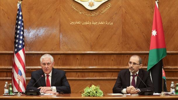 Tillerson buscará rebajar la tensión con Turquía
