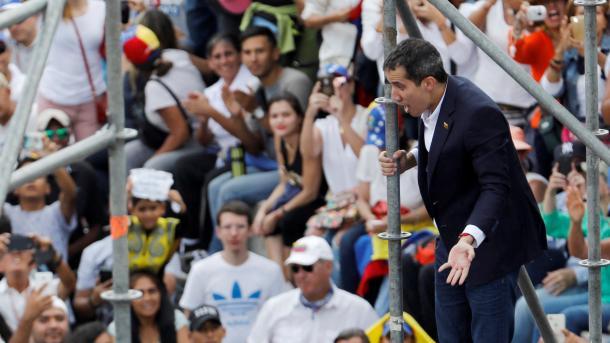 Venezuelë - Guaido kthehet në vend pas 11 ditëve | TRT  Shqip