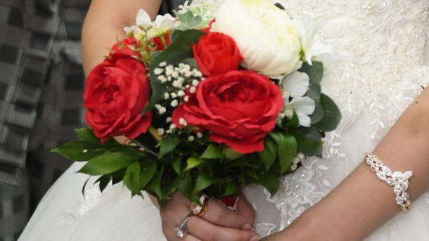Turqi - Numri i martesave lë prapa 25 vende të BE-së | TRT  Shqip