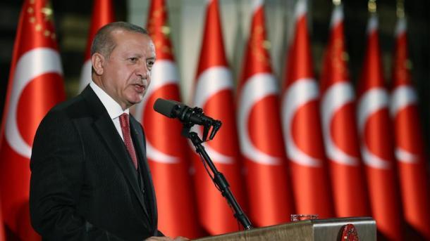 Erdogan: Turqia s'mund të bëhet spektatore e masakrave për interesat e regjimit të Esadit në Siri | TRT  Shqip