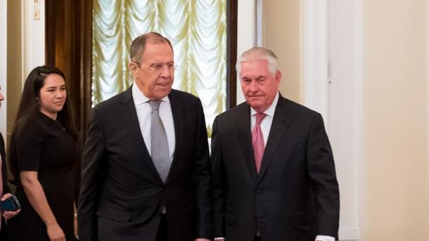Лавров наговорил колкостей Тиллерсону впроцессе переговоров,