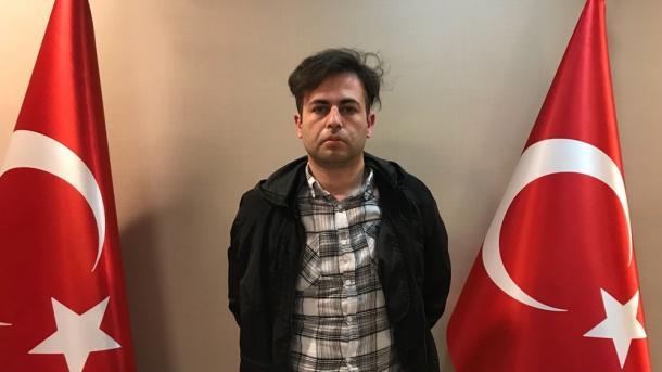 Sillen në Turqi 6 anëtarë të FETO-s të kapur në Kosovë   TRT  Shqip