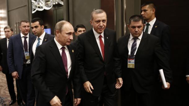Putin jep direktivën për heqjen e sanksioneve kundër Turqisë