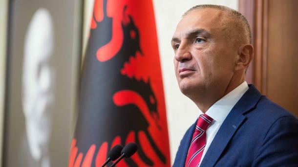 Arnavutluk Meclis Başkanı_ilir meta.jpeg