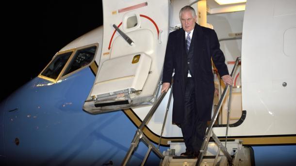 وزير الخارجية الأمريكى يحذر كوريا الشمالية: الحرب خيار مطروح على الطاولة