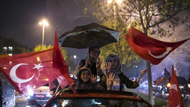 Turski državljani u BiH, Makedoniji i na Kosovu podržali ustavne reforme u Turskoj