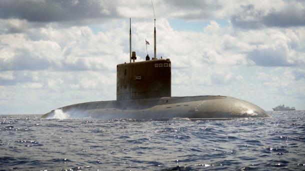 Rusia ataca posiciones de EI en Siria desde el Mediterráneo