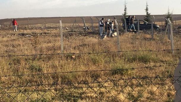 ВТурции два террориста подорвали себя около полицейского участка