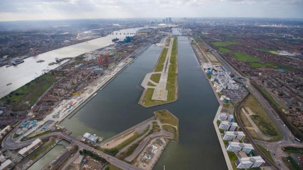 Ordigno inesploso, chiuso l'aeroporto London City