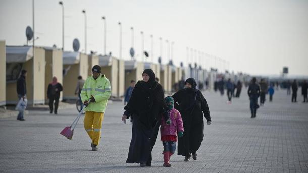 BE-ja do të vazhdojë me mbështetjen financiare dhe teknike ndaj Turqisë për çështjen e emigrantëve   TRT  Shqip