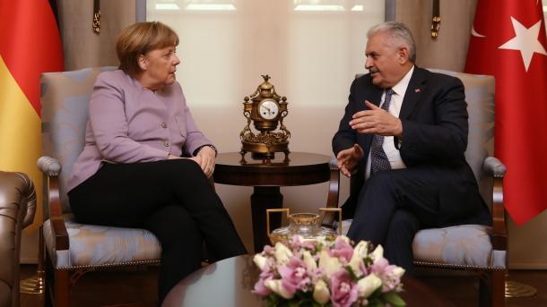 Меркель прибыла вТурцию для переговоров сЭрдоганом
