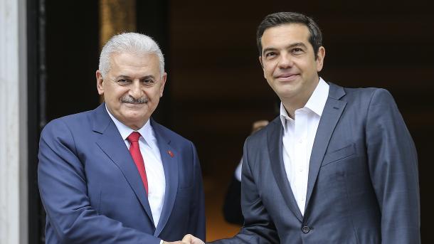 Jëlldërëm në Greqi: Dy vende në hapësirë të njëjtë gjeografike me një fat të njëjtë | TRT  Shqip