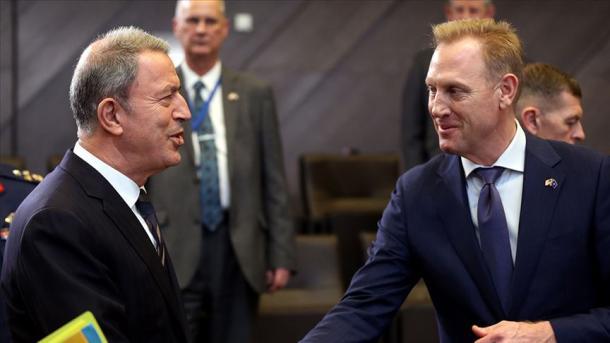 Akar në bisedën me Shanahan: Letra për S-400 bie ndesh dhe nuk përshtatet me frymën e aleancës | TRT  Shqip
