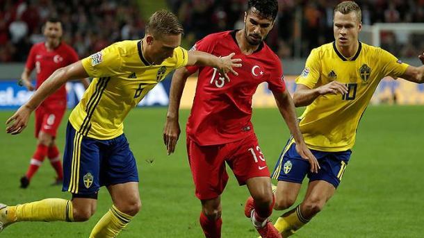 土耳其国家队为与瑞典交锋而进行最后准备 | 三昻体育