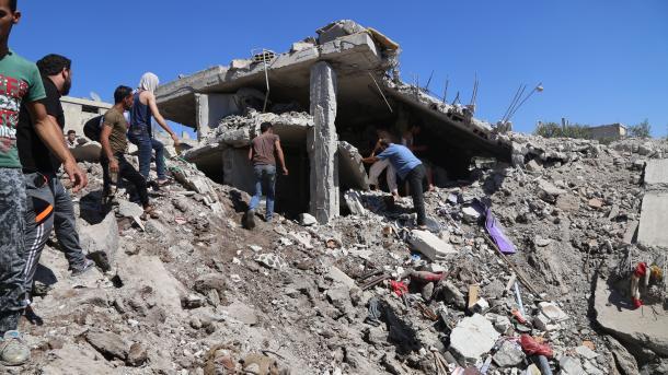 Asad opet gađao civile