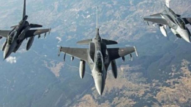 امريکا سوريه کې خپل ۳۰۰ وسلهوال پلويان بمبار کړي
