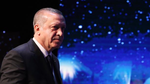 Erdogan: Zapad treba odabrati između prijateljstva Turske ili izdajnika