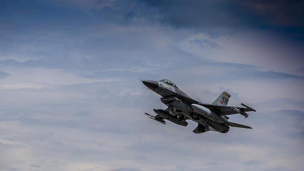 Në fundjavë avionët turq neutralizuan 11 terroristë | TRT  Shqip