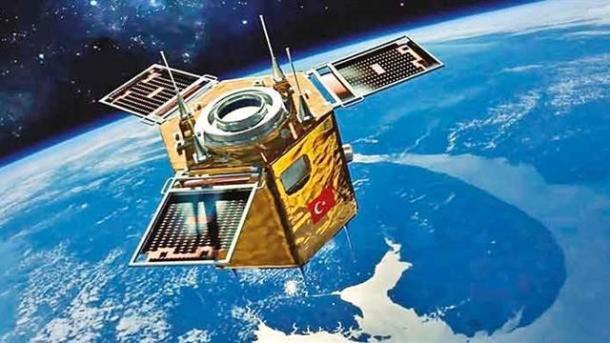 Koment - Mbrojtja dhe satelitët kombëtarë | TRT  Shqip