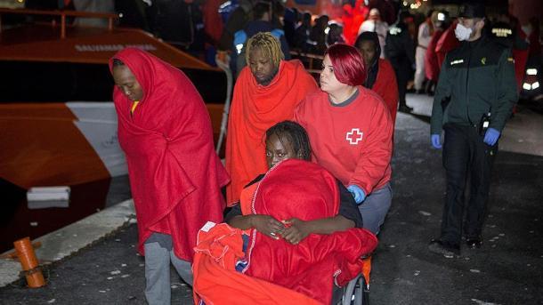 Tragjedi në Mesdhe, mbi 170 emigrantë të mbytur   TRT  Shqip