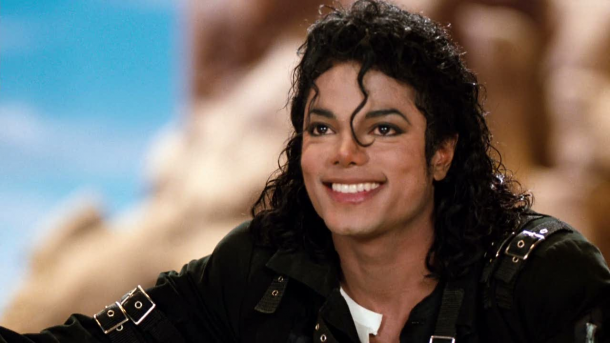 "Quincy Jones accuse Michael Jackson de plagiat sur ""Billie Jean"""