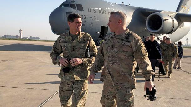 Komandanti amerikan Votel shkon në Irak, në fokus tërheqja e trupave amerikane nga Siria | TRT  Shqip