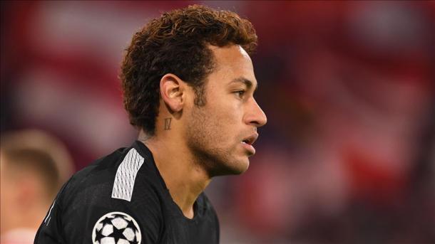 UEFA investigará insultos de Neymar