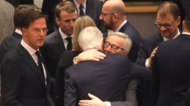 Bruksel – Liderët e Bashkimit Evropian miratojnë marrëveshjen e Brexit-it   TRT  Shqip