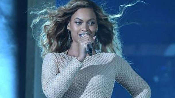 Beyoncé hilft Harvey-Opfern in Houston