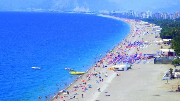 Antalya nuk ngopet duke thyer rekorde   TRT  Shqip