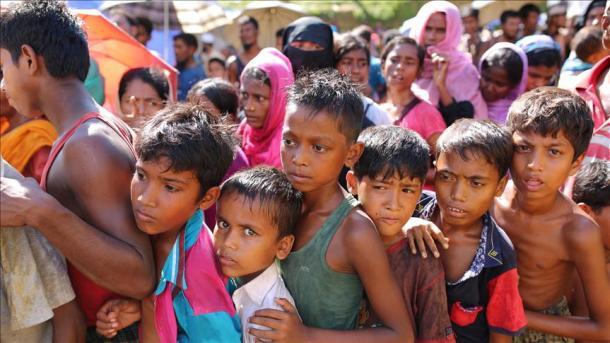 Turqia dhuron 50 milionë dollarë për myslimanët Rohingya | TRT  Shqip