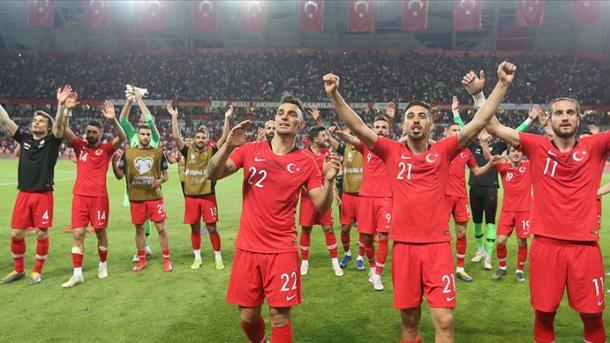 土耳其国家足球队明日对战冰岛队 | 三昻体育官网