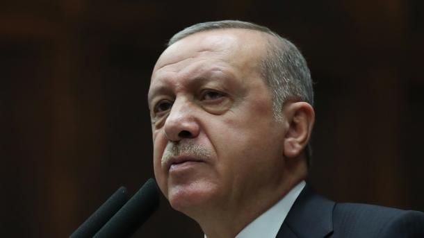 Presidenti Erdogan sinjalizon operacione ndaj YPG-së në Siri | TRT  Shqip