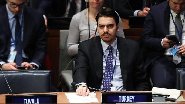 Eren: Turqia, shembulli më i mirë në botë për refugjatët sirianë   TRT  Shqip
