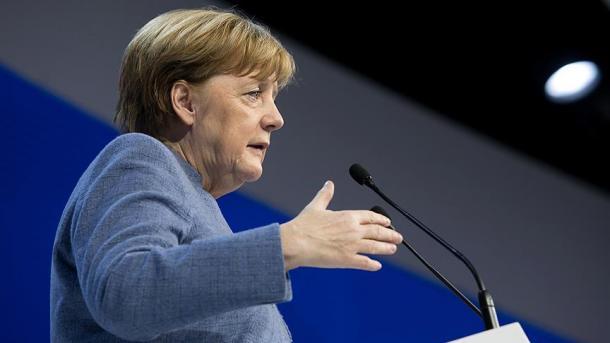 Merkel sella un pacto para un cuarto mandato