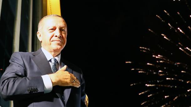 Erdogan réélu dès le premier tour — Turquie