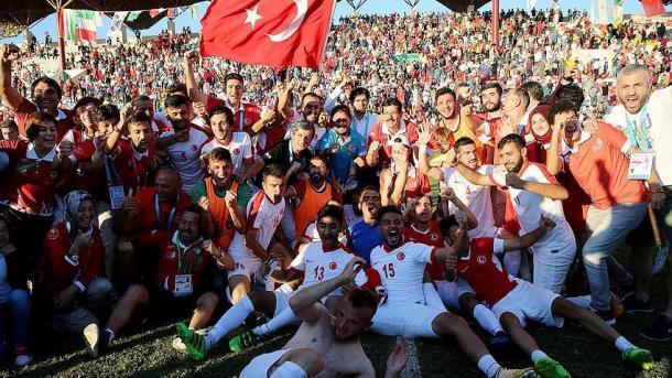土耳其国家足球队赢得2017聋哑人奥运会冠军 | 三昻体育平台