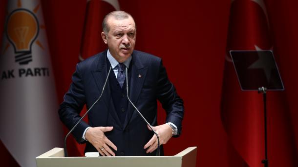 Erdogan: Kjo verë do të jetë e nxehtë edhe për terroristët, edhe për përkrahësit e tyre   TRT  Shqip
