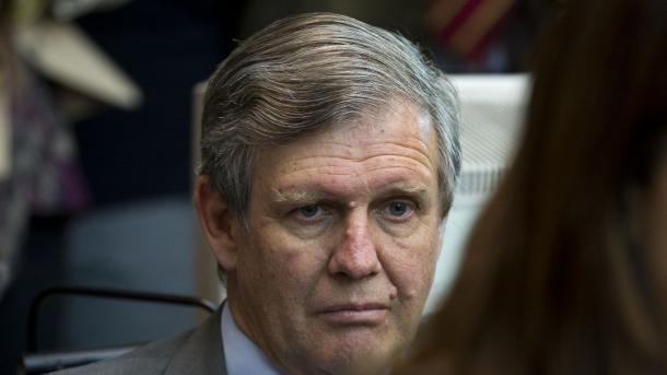Justiça argentina condena à prisão perpétua 48 ex-militares