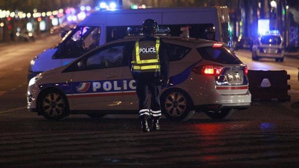 Sarcelles : un policier tue 3 personnes